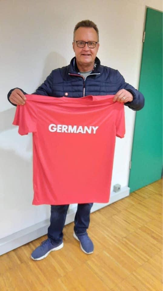 Vielen Dank an die Schiedsrichterlegende Hans-Werner Sartory für die großartige Unterstützung unseres Projektes.